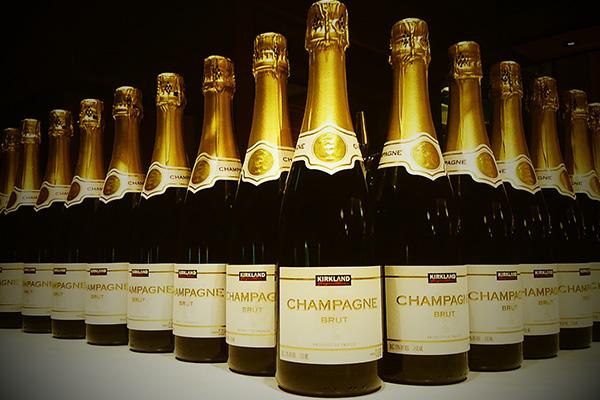 【シャンパン含む飲み放題付き】<br>夏季限定!泡宴会大皿プラン<br>~シャンパンに合わせたお料理を全8種5皿~
